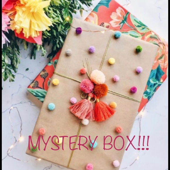 🆕STYLED and Wrapped Mystery Boxes! 💕